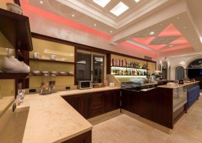 arredamento-bar-hotel-gold-beach-10