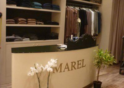 arredamento-negozio-abbigliamento-11