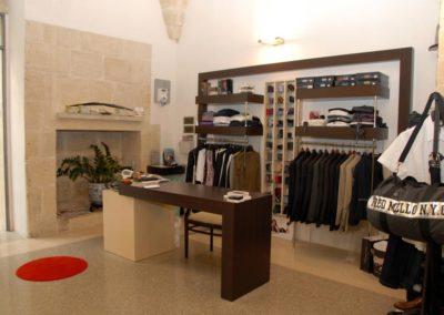 arredamento-negozio-abbigliamento-2